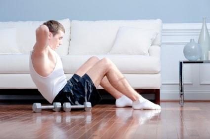 heimtraining ohne ger te muskelaufbau trainingsplan. Black Bedroom Furniture Sets. Home Design Ideas