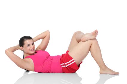 Crunch mit überkreuzten Beinen